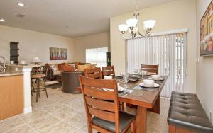 8952 California Palm Road Pool Home, Holiday homes  Kissimmee - big - 22