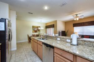 8958 California Palm Rd Pool Home, Nyaralók  Kissimmee - big - 15