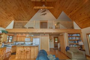 Sunny Boy Four-Bedroom Holiday Home, Nyaralók  McHenry - big - 5