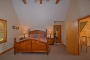 Sunny Boy Four-Bedroom Holiday Home, Ferienhäuser  McHenry - big - 11