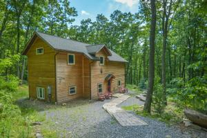 Hideout at Red Pines Three-Bedroom Holiday Home, Dovolenkové domy  McHenry - big - 14