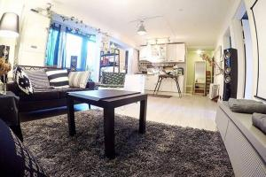 Entire Home Best Location Hongdae