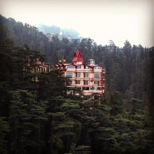 The Bodhi Tree B&B, Bed & Breakfasts  Shimla - big - 1
