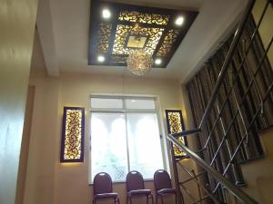 Hotel Parvati Palace