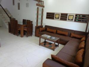 10Blossoms Service Apartments, Affittacamere  Ahmedabad - big - 8