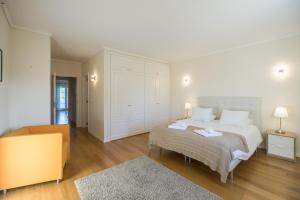 Villa Carolina, Ville  Cascais - big - 41