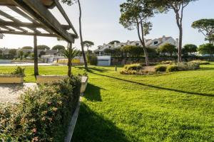 Villa Carolina, Ville  Cascais - big - 46