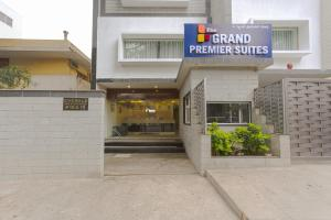 Treebo Grand Premier Suites, Hotely  Bangalore - big - 57
