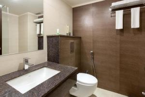 Treebo Grand Premier Suites, Hotels  Bangalore - big - 3