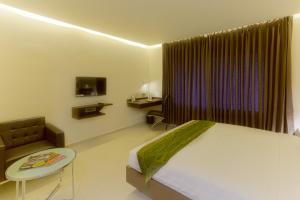 Treebo Grand Premier Suites, Hotels  Bangalore - big - 7