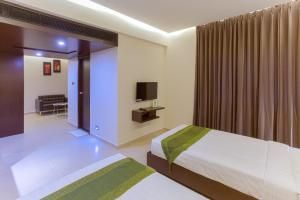 Treebo Grand Premier Suites, Hotels  Bangalore - big - 11