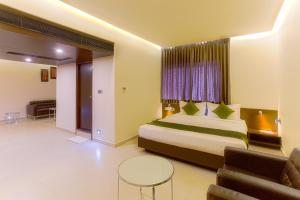 Treebo Grand Premier Suites, Hotels  Bangalore - big - 23