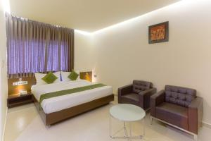 Treebo Grand Premier Suites, Hotels  Bangalore - big - 24