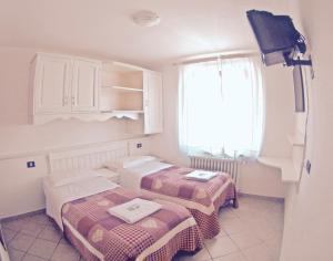 Albergo bel soggiorno fiumalbo italy j2ski for Albergo bel soggiorno