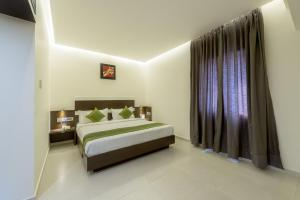 Treebo Grand Premier Suites, Hotels  Bangalore - big - 39