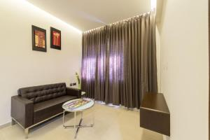 Treebo Grand Premier Suites, Hotels  Bangalore - big - 41