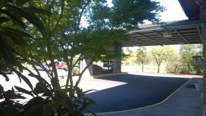 Pepper Tree Inn, Hotels  Beaverton - big - 18