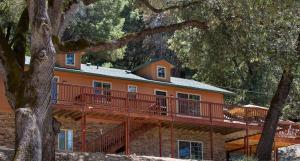 Yosemite Haus, Дома для отпуска  Окхерст - big - 7