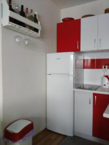 Apartment Mirza - фото 9
