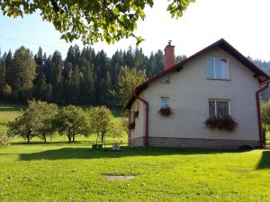 Retro Cottage Osturna
