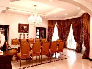 Five Bedroom Villa - Palm Jumeirah - Dubai