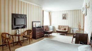Бишкек - Albatros Hotel Bishkek