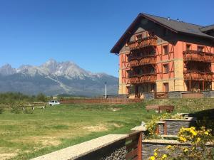 Tatra Resort Apartments, Apartmány  Veľká Lomnica - big - 45