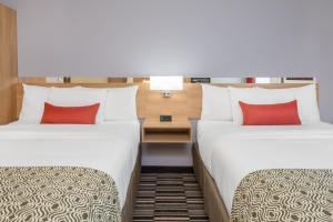 Microtel Inn & Suites by Wyndham Sudbury, Szállodák  Sudbury - big - 6