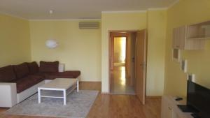 Apartments Oasis, Апартаменты  Равда - big - 11