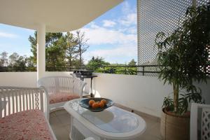 Sunny Golf Apartment, Appartamenti  Estepona - big - 25