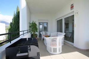 Sunny Golf Apartment, Appartamenti  Estepona - big - 29