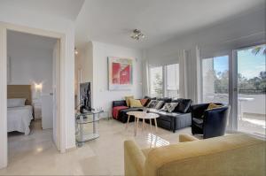 Sunny Golf Apartment, Appartamenti  Estepona - big - 11