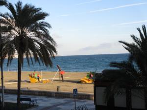 Rentcostadelsol Malagueta-Arenal, Appartamenti  Málaga - big - 7
