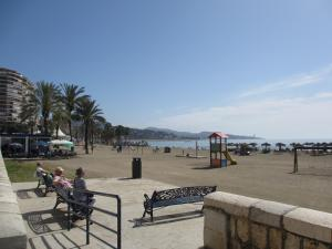 Rentcostadelsol Malagueta-Arenal, Ferienwohnungen  Málaga - big - 20
