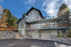 2280 Del Norte Lakeview Five-Bedroom Estate Home