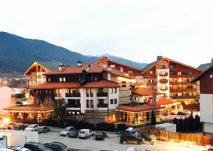 Банско - Apartment Emerald Hotel Bansko
