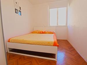 Apartments Dario 1104, Apartmány  Fažana - big - 11