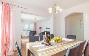 Iva View Apartments, Apartmanok  Dol - big - 18
