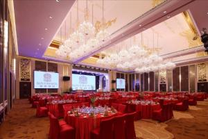 Sovereign Hotel Zhanjiang, Üdülőközpontok  Csancsiang - big - 15