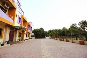 A Picture of Hotel Somnath Sagar