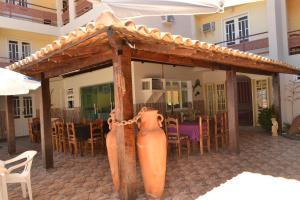 Hotel Brisa dos Abrolhos, Hotel  Alcobaça - big - 8