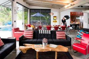 1104 - Mulholland Modern Villa, Villák  Los Angeles - big - 17