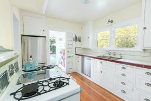 1034 - Silver Lake Vibrant Villa, Vily  Los Angeles - big - 25