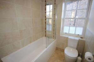 Potterrow - Edinburgh City Apartment, Apartmány  Edinburg - big - 12
