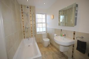 Potterrow - Edinburgh City Apartment, Apartmány  Edinburg - big - 10