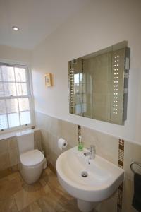 Potterrow - Edinburgh City Apartment, Apartments  Edinburgh - big - 8