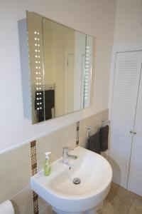 Potterrow - Edinburgh City Apartment, Apartmány  Edinburg - big - 27