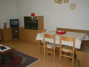 Casa Collini, Ferienwohnungen  Pinzolo - big - 39