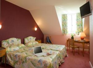 Logis Hotel Les Grands Crus, Отели  Жевре-Шамбертен - big - 8