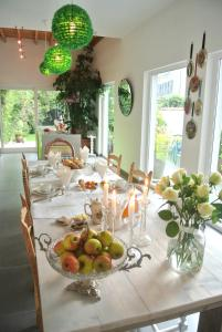 B&B Azee, Bed and Breakfasts  Ostende - big - 58